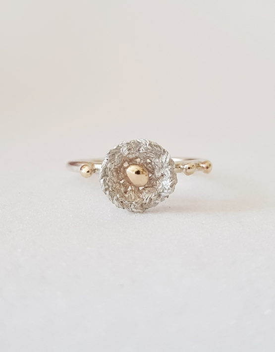flower silver ring with gold droplets